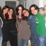 Una foto di gruppo al femminile dal party di chiusura lavori :) e... direi che la seduzione ci fa belle!